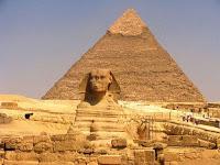 COMO CONSTRUIR UNA PIRÁMIDE DE EGIPTO EN PLENO SIGLO XXI