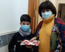 ENTREGA DE PREMIOS X CONCURSO DE POSTALES NAVIDEÑAS FAMILIARES