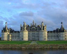 Presentaciones en francés de «Los Castillos del Loira» tras lectura en Librarium